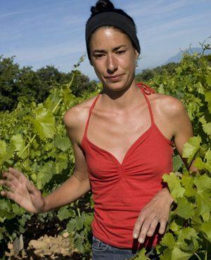 Hélène Thibon - Domaine Mas de Libian - Vinibee - Naturellement Vigneronnes